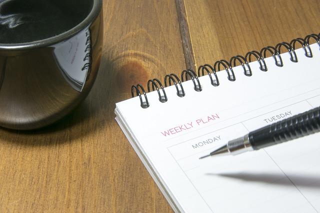Weekly-Client-Update-Calendar